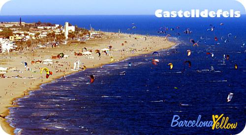 castelldefels_beach_kites