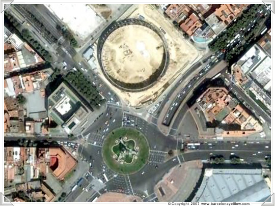Satellite photos Barcelona Plaza Espanya