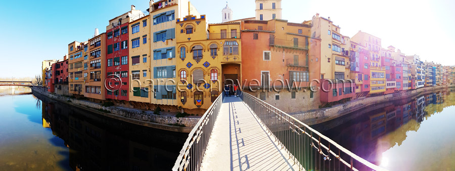 girona_spain_river_hanging_houses