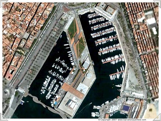 Barceloneta marina and district